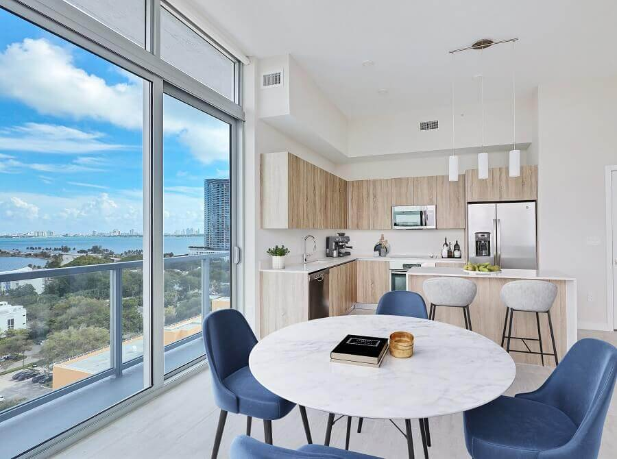 6. Kitchen-Dining-Bay-View